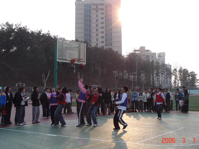 2006년 신입생 농구대회#1.jpg