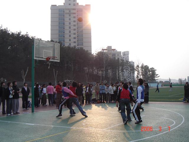 2006년 신입생 농구대회#3.jpg