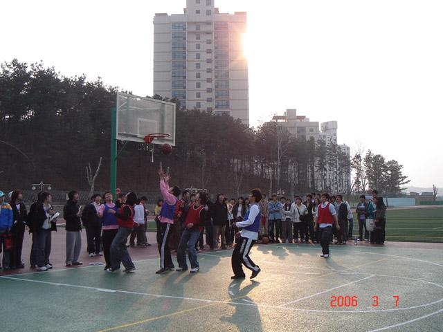 2006년 신입생 농구대회#4.jpg