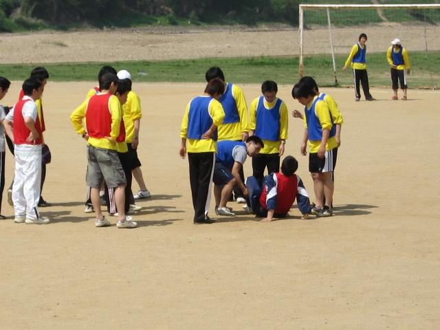 2006년 물리학과체육대회#16.jpg